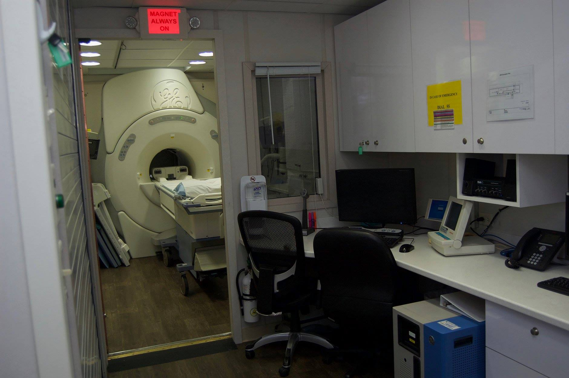 Local MRI Services Image
